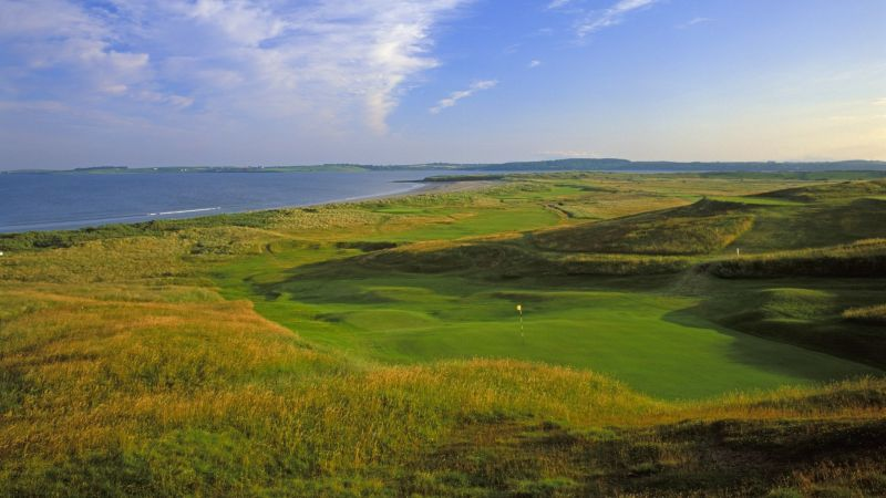 Rosses_Point_17th_Hole_Twin_Trees_Hotel